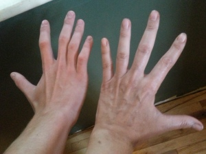 "Hand on the left = grown 6'5"" man. Hand on the right= me. So don't mess."